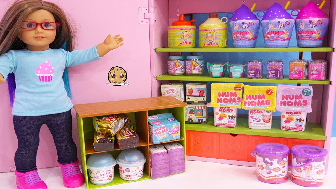 surprise blind bags in american girl store toy video youtube. Black Bedroom Furniture Sets. Home Design Ideas