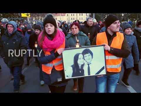 Slovakia: Candlelit vigil for murdered journalist