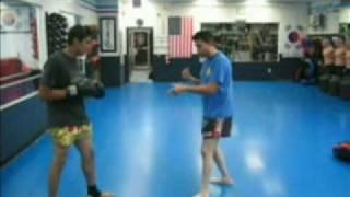 mr Aguilera  tecnicas basicas de kick boxing parte