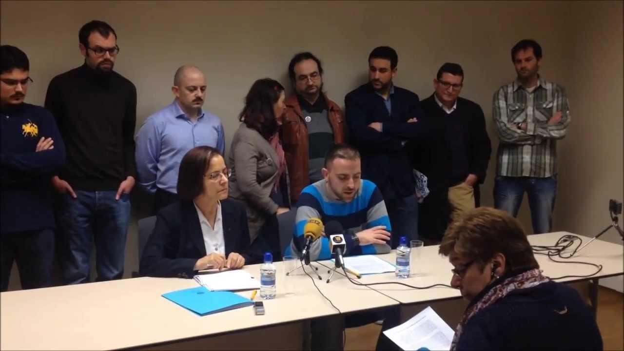"""Manifiestu """"Cinco puntos por unos medios públicos al serviciu d'Asturies"""""""