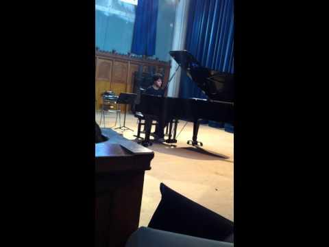 Rhapsodie in G minor de Brahms interprété by Mathis Korszuk.