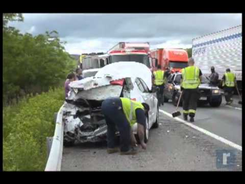 RAW VIDEO: Accident closes I-84
