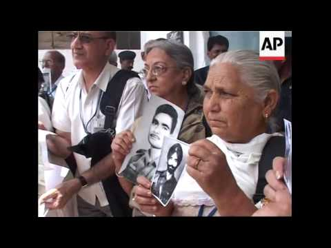 Indian families search Pakistani jail for relatives missing from 1971 war