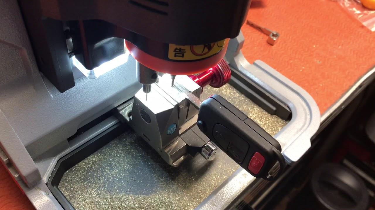How to repair a broken Chrysler Crossfire Remote Key DIY