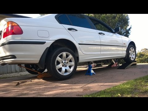 2000 bmw e46 318i jacking up on stands youtube. Black Bedroom Furniture Sets. Home Design Ideas