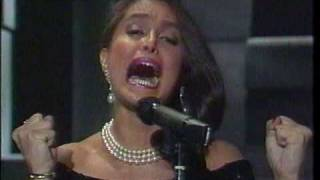 Watch Daniela Romo Te Olvidare video