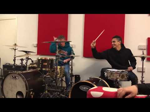 Tom Downs & Dani Washington (Neck Deep) Jamming on Drums Mp3