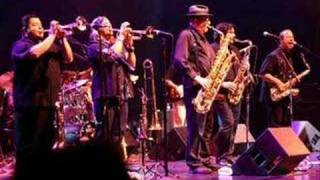 Tower of Power - Soul with a capital S (LIVE)
