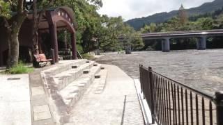 鹿児島県錦江町にある花瀬公園。自然岩に流れる清流は心を癒してくれま...