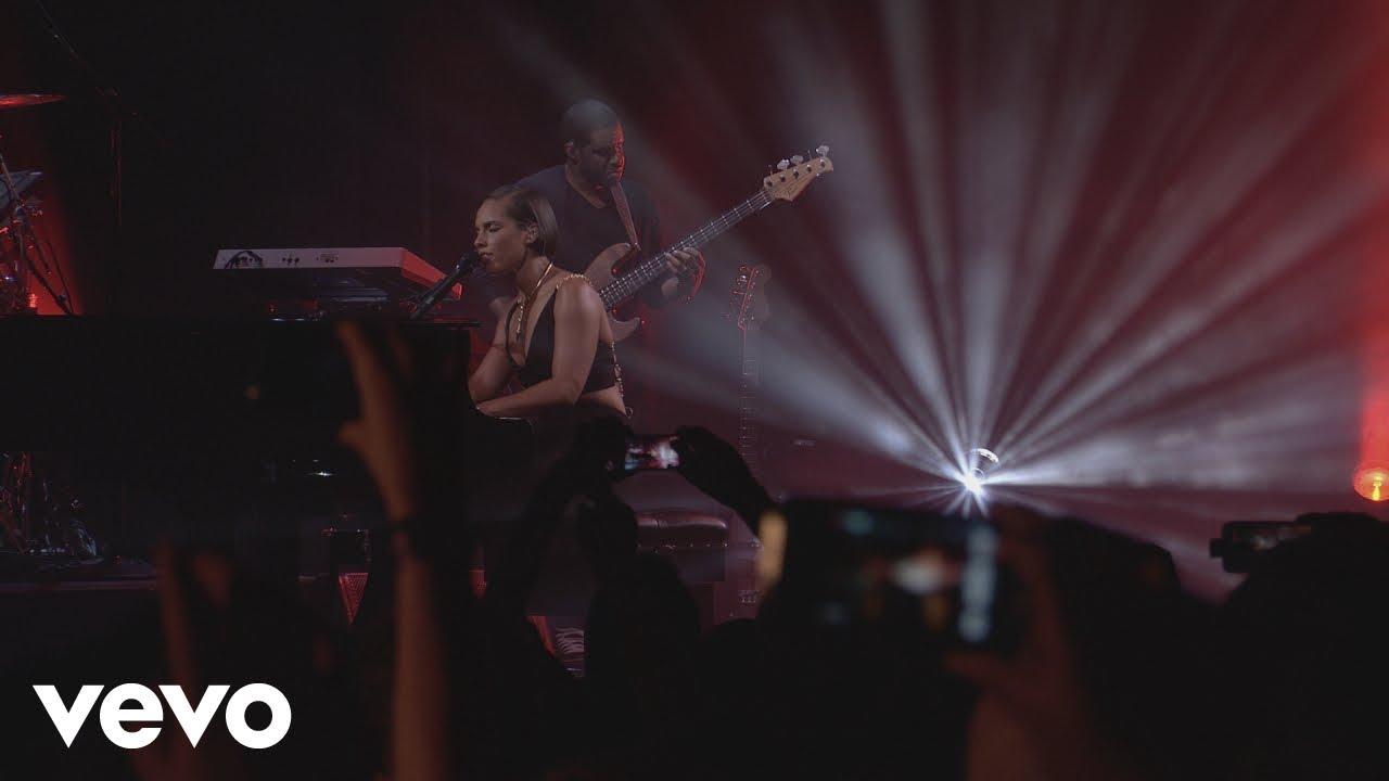 Download Alicia Keys - Fallin' (Live from iTunes Festival, London, 2012)