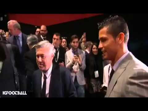El abrazo entre Cristiano Ronaldo y Ancelotti en su reencuentro en Madrid • 2016