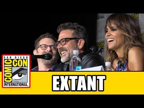 Extant Comic Con 2015 Panel - Halle Berry, Jeffrey Dean Morgan