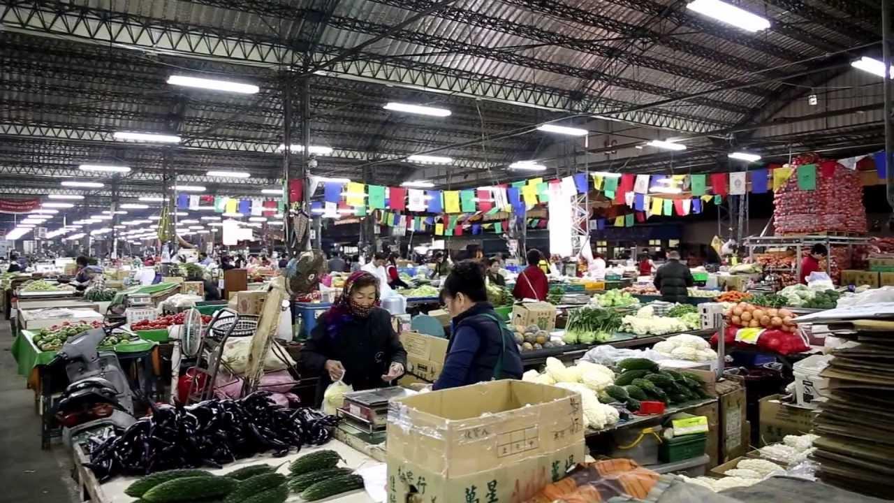 攤位整備蔬菜 高雄果菜批發市場 Canon 6D Sigma 24-70mm F2.8 - YouTube