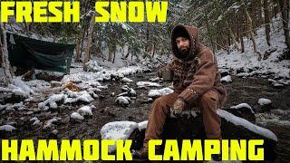 Solo Winter Hammock Camṗing With Snow