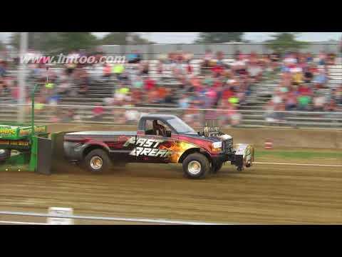 4x4 modified truck class brown county fair georgetown ohio 2017