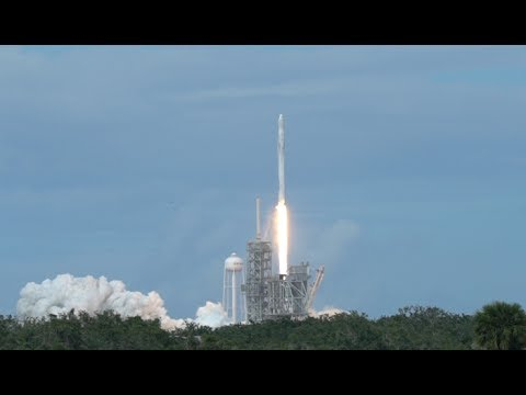 Watching A Falcon 9 SpaceX Rocket Launch At Kennedy Space Center!