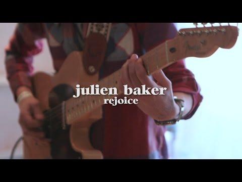 Julien Baker - Rejoice (Live @ LUNA music)