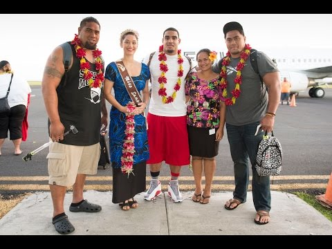 NFL players from the Paul Soliai Foundation tour Samoa.