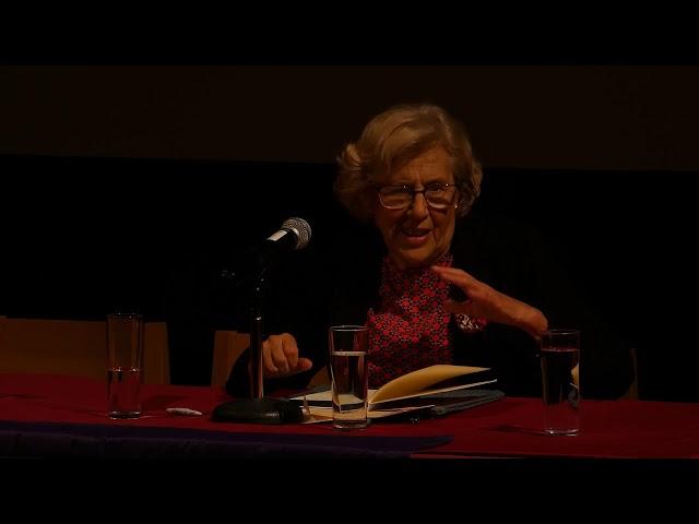 Conferencia de Manuela Carmena inaugurando la Universidad de Verano en otoño 2019.