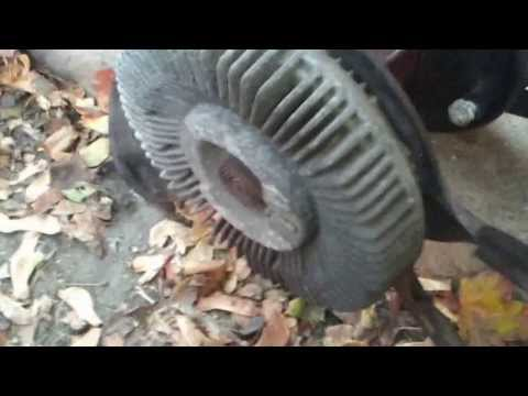 Removing The Fan Clutch On A 2004 Dodge Or Chrysler ...
