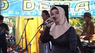 Download ELIS SANTIKA OM ROSABELLA LIVE RUMAH JIHAN AUDY PUNGGING MOJOKERTO Mp3