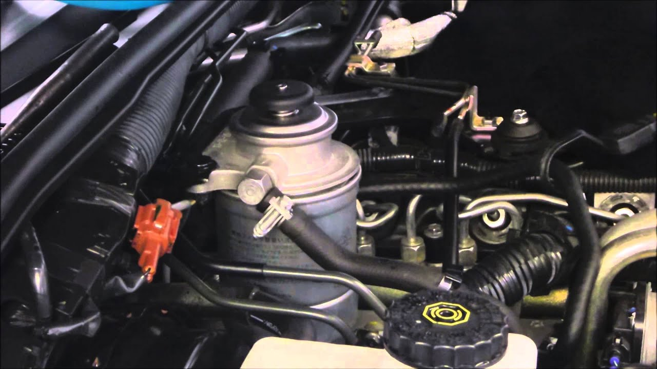Diesel Fuel Filter Replacement Nissan Navara Youtube Almera Wiring Diagram