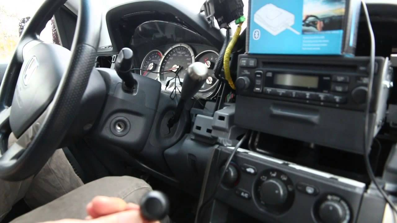 Honda Pilot 20032008 Bluetooth Extension installation by GTA Car Kits  YouTube