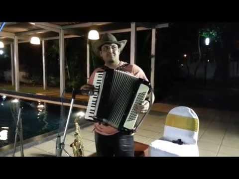 sj prasanna playing kannada film song Neerinalli aleya ungura - 09243104505