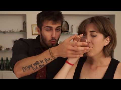 BEER PONG - YOUTUBE ITALIA DISSING EDITION w/BLURELLA!