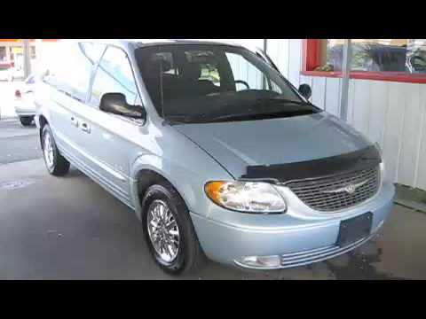 jumping off dead battery in the repo 2001 chrysler town and country limited youtube. Black Bedroom Furniture Sets. Home Design Ideas