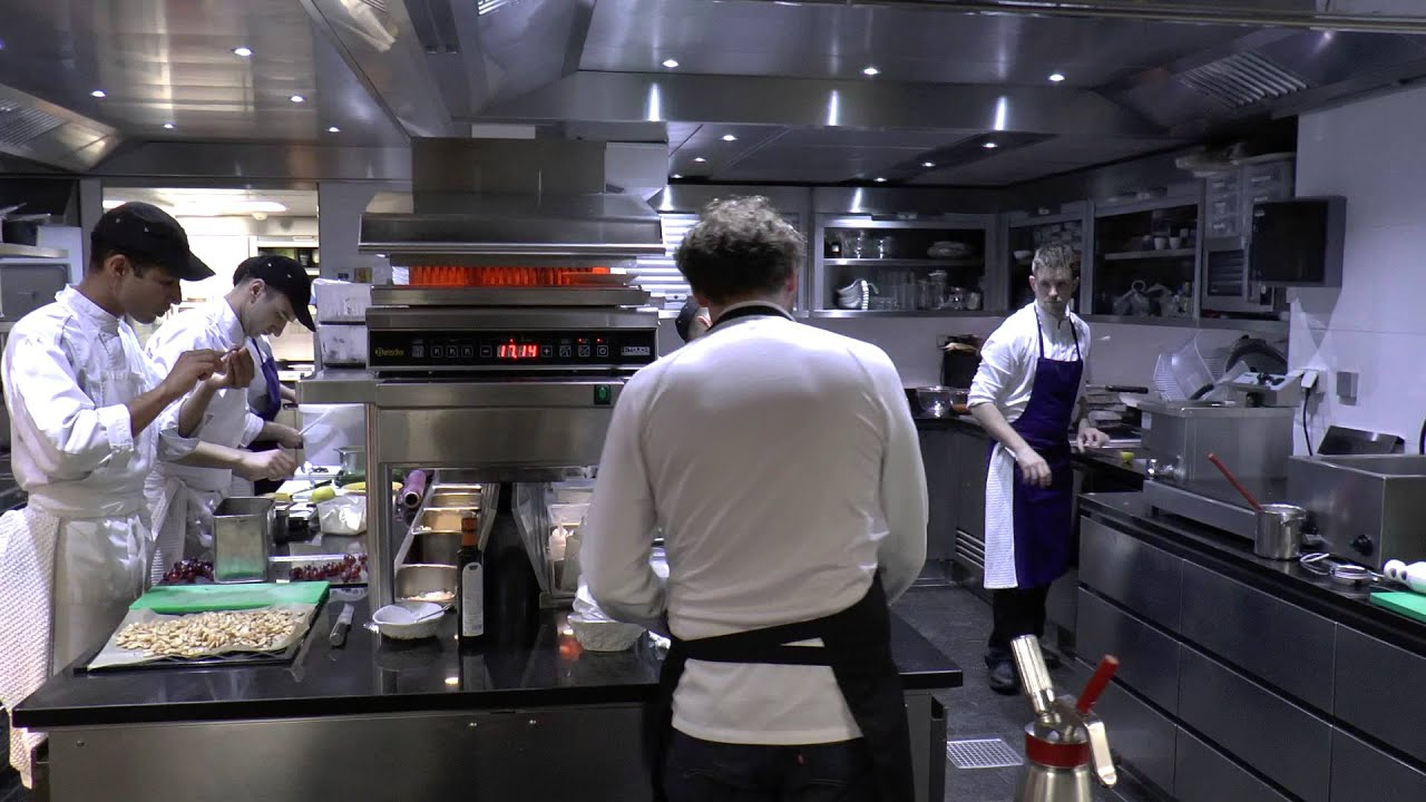 Busy Restaurant Kitchen busy kitchen at the 3 michelin la vague d'or in saint-tropez - youtube