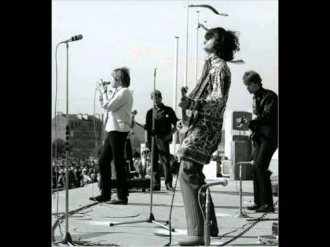 The Yardbirds - I'm A Man Live!
