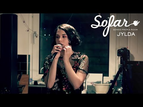 JYLDA - Let me love you / Grasp myself | Sofar Brighton