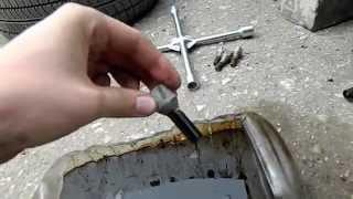 видео Замена моторного масла ВАЗ 2110, 2111 и 2112