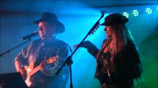 RICKY TRAVERS AND CATYANA LEE -  MEDLEY-Folsom prison,Jackson,Flaming star