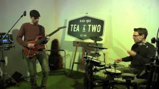 TEA 4 TWO -