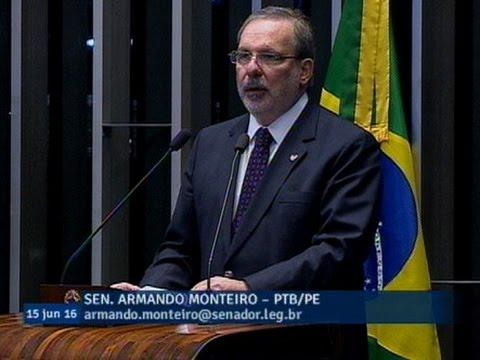 Armando Monteiro sugere reformas para acabar com estagnação da produtividade na economia brasileira