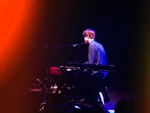 James Blake performing Joni Mitchell's -' A Case of You' @ Music Hall of Williamsburg 2011