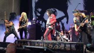 Alice Cooper - No More Mr. Nice Guy Live from the front row