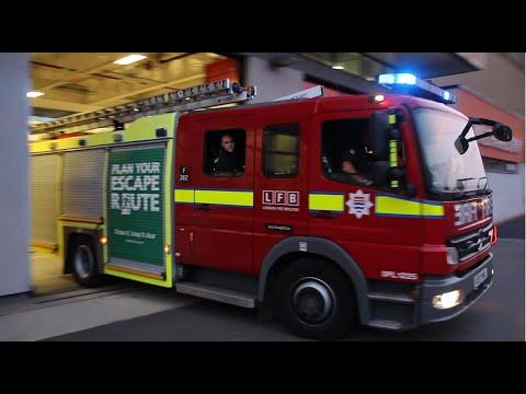 London Fire Brigade - Mk2 pump F362 LFB Walthamstow responding