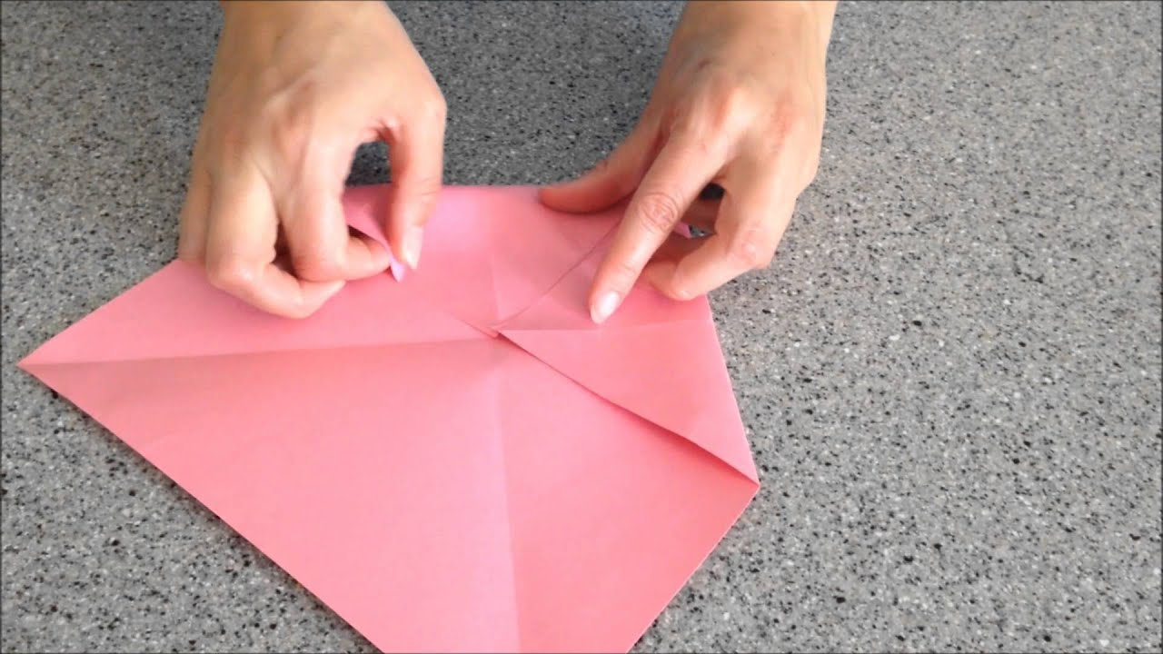 How do you make a cootie catcher with words