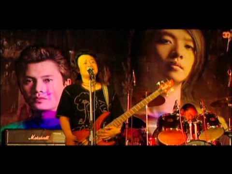 Asai (Black Hole) - Phan Ter Nan Daw -ဖန္သားနန္းေတာ္ (live)