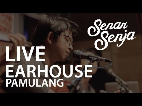 Senar Senja live at Earhouse, Pamulang. 7 September 2017.