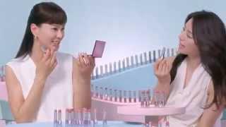 井川遥さんと江角マキコさんがピンクのルージュについて語るCMです。「...