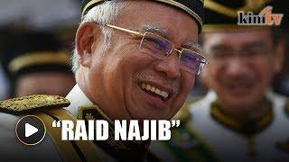 Mahathir: IRB should raid Najib, Rosmah