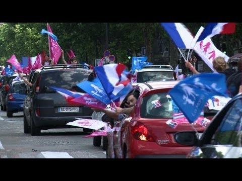 """La """"Manif pour tous"""" défile à Paris en voitures"""