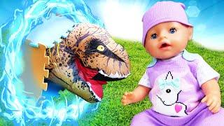 Новые видео куклы - БЕБИ БОН в мире Динозавров! - Мультики для детей с Baby Born. Весёлые игры.