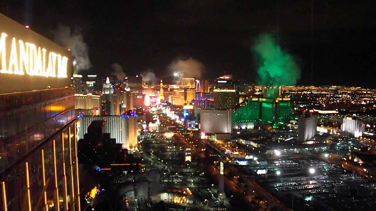 New Years Eve Las Vegas From the Foundation Room - YouTube