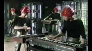 Devo Girl U Want & Gates Of Steel