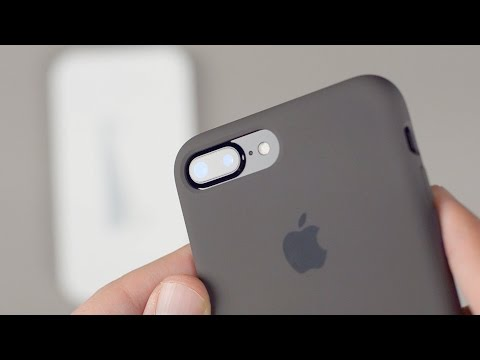 buy online 627ee 06faf Review - iPhone 7 Plus Silicone Case - YouTube